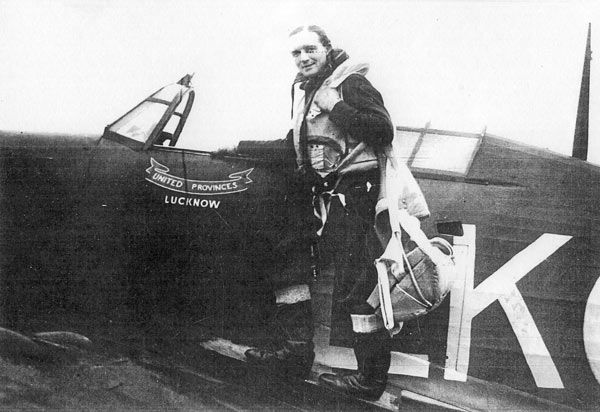 P/O Geoffrey L Roscoe moved to No 87 Squadron RAF at RAF Church Fenton on 8 October 1940, after completing his training with No 79 Squadron RAF at RAF Pembrey. Th 24-year-old pilot was with a detachment maintained at St Mary's in the Scilly Isles to counter Luftwaffe reconnaissance flight over the southwest approaches from December.