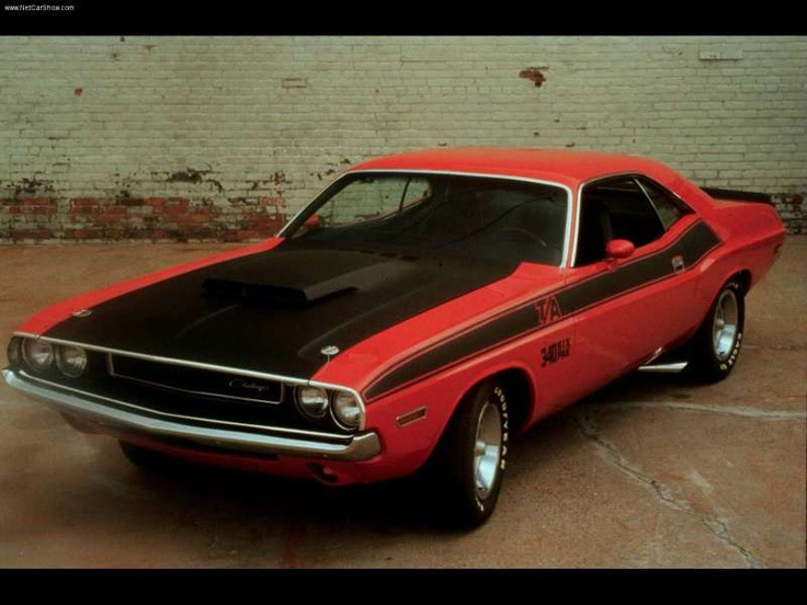 1970 dodge challenger hemi v8 mine was a 1973 red with white vinyl top loved it want. Black Bedroom Furniture Sets. Home Design Ideas