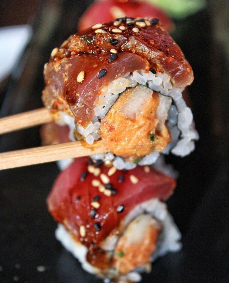 Spicy Tuna 2 Ways in this Hellfire Uramaki #sushi #food #foodporn #japanese #Japan #dinner #sashimi #yummy #foodie #lunch #yum
