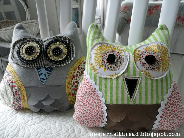 Scrappy Owl Pillow with Tutorial | the eternal thread, oooh, love it : thanks so xox
