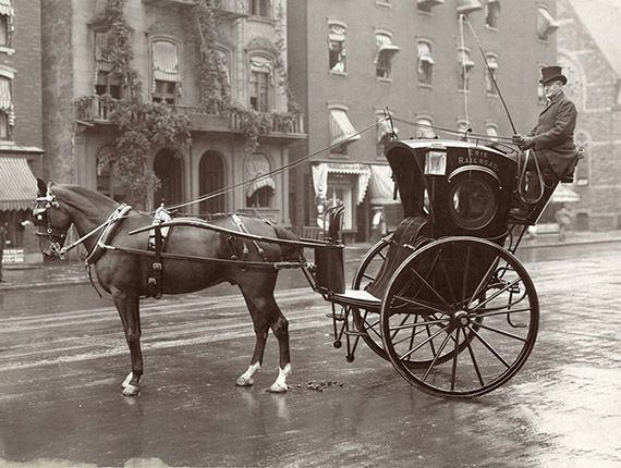 1905 New York Taxi Cab