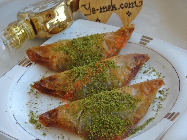 Şöbiyet (Baklavalık Yufkadan) Resimli Tarifi - Yemek Tarifleri