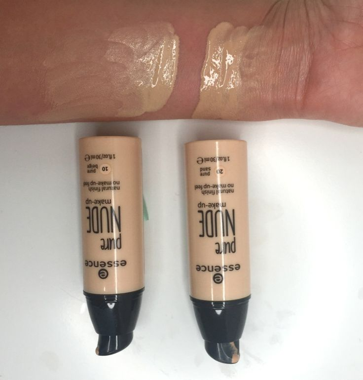 Fonditinta liquido Essence Pure Nude euro 5 circa