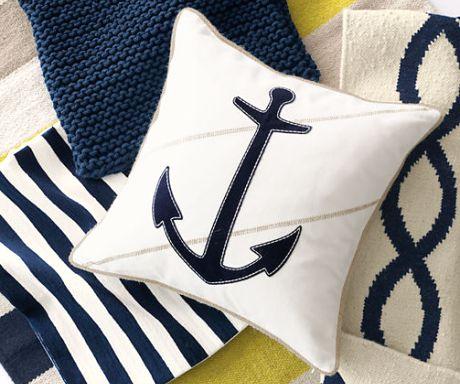25 best ideas about nautical pillows on pinterest - Decoracion estilo marinero ...