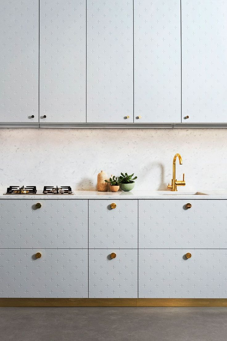 Ikea - we all shop there, they have everything, it looks quite decent and is cheap. But it's not great when every one of your friends has the same old Billy, Malm, Expedit... you get what we mean.   Thankfully, in the age of Pinterest it's now easier than ever to find ways to change up your staple