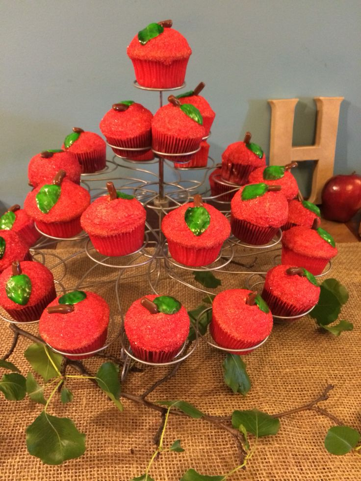 Holden's Shel Silverstein birthday party.  The Giving Tree apple cupcakes.
