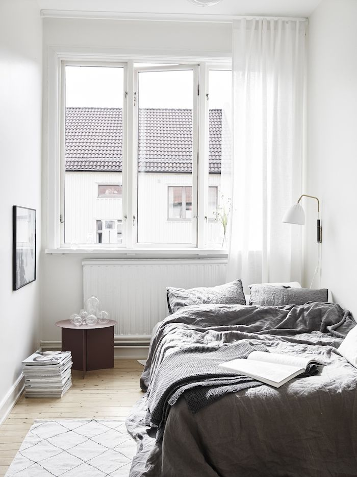 17 Best ideas about Small White Bedrooms on Pinterest ...