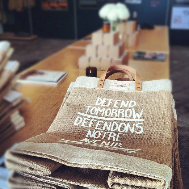 Definitely a thing to do. MT @kylewestaway: New Defend Tomorrow Market Bags #sustyd2d via @Apolis: Mt Kylewestaway, Eco Gifts, Tomorrow Marketing, Bags Sustyd2D, Market Bag, Marketing Bags, Sustainability Day To Day, Defender Tomorrow