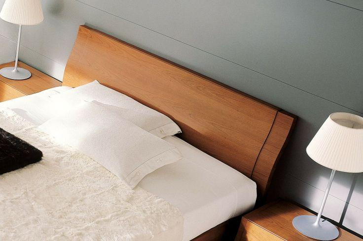 Camera da letto matrimoniale in legno di ciliegio 85 - letto contenitore Clio | Napol.it