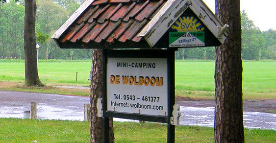 De Wolboom verwelkomt u in een prachtige omgeving aan de rand van een natuurgebied. In de Aalten staat onze boerderij met een melkveehouderij van 60 koeien.