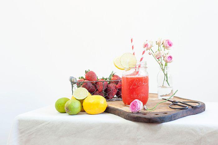 Cómo hacer una limonada de fresa casera