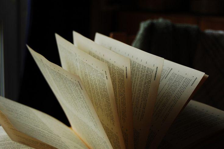 Los 61 libros que recomiendan Gates, Jobs, Bezos, Marisa Meyer y los líderes de las principales tecnológicas del mundo || Yúbal FM @Yubal_FM Estamos en unas fechas en las que muchos de nosotros estamos buscando regalos perfectos para nuestros seres queridos, y hay pocas cosas que puedan ser más inspiradoras que un libro. Por eso…