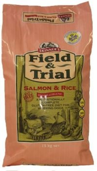 £6.26 - Field & Trial Salmon & Rice is completely hypoallergenic and was developed following the success of our Field & Trial Duck & Rice food. Some working dogs can benefit from a fish-based diet, particularly those with sensitivities to meat; such as chicken, beef or lamb.