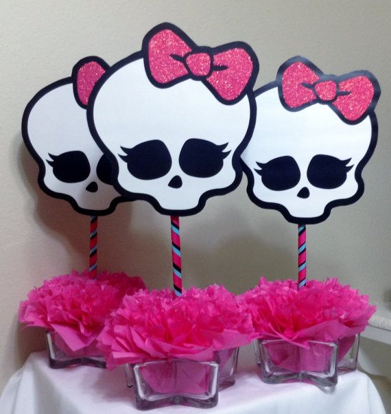 Monster High Centerpiece Skullette Party por BasketsFromAtoZ