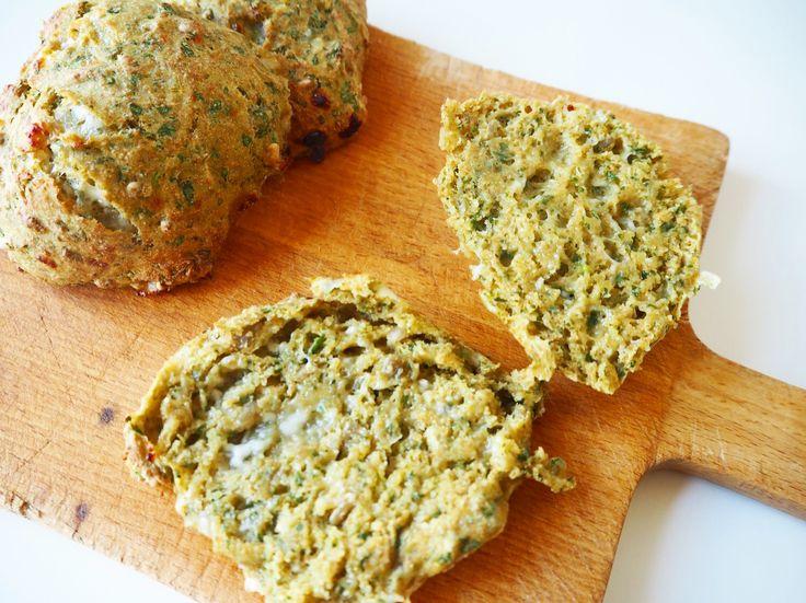 Grove spinatboller med hytteost | Let & lækker opskrift
