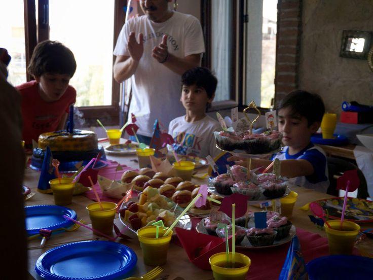 Copycat Mom: Big 9.th Birthday Home party
