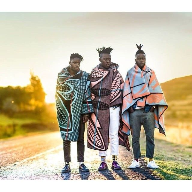 Basotho's traditional blankets in the 21st century.  @iseeadifferentyou #Africanstyle #Africanfashion #iseeadifferentyou #Basotho #Lesotho #Checkoutafrica regram @checkoutafrica