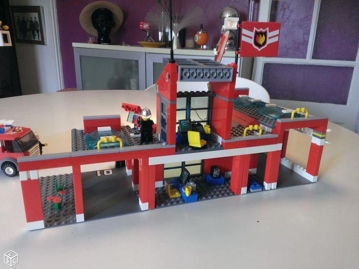 les 25 meilleures id es concernant caserne pompier lego. Black Bedroom Furniture Sets. Home Design Ideas