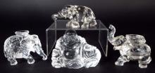 Chino tallado Buda de cristal y de elefantes