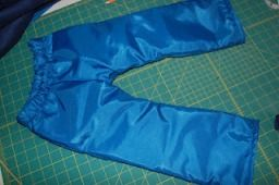 Tutorial: Lined waterproof hiking pants for toddlers