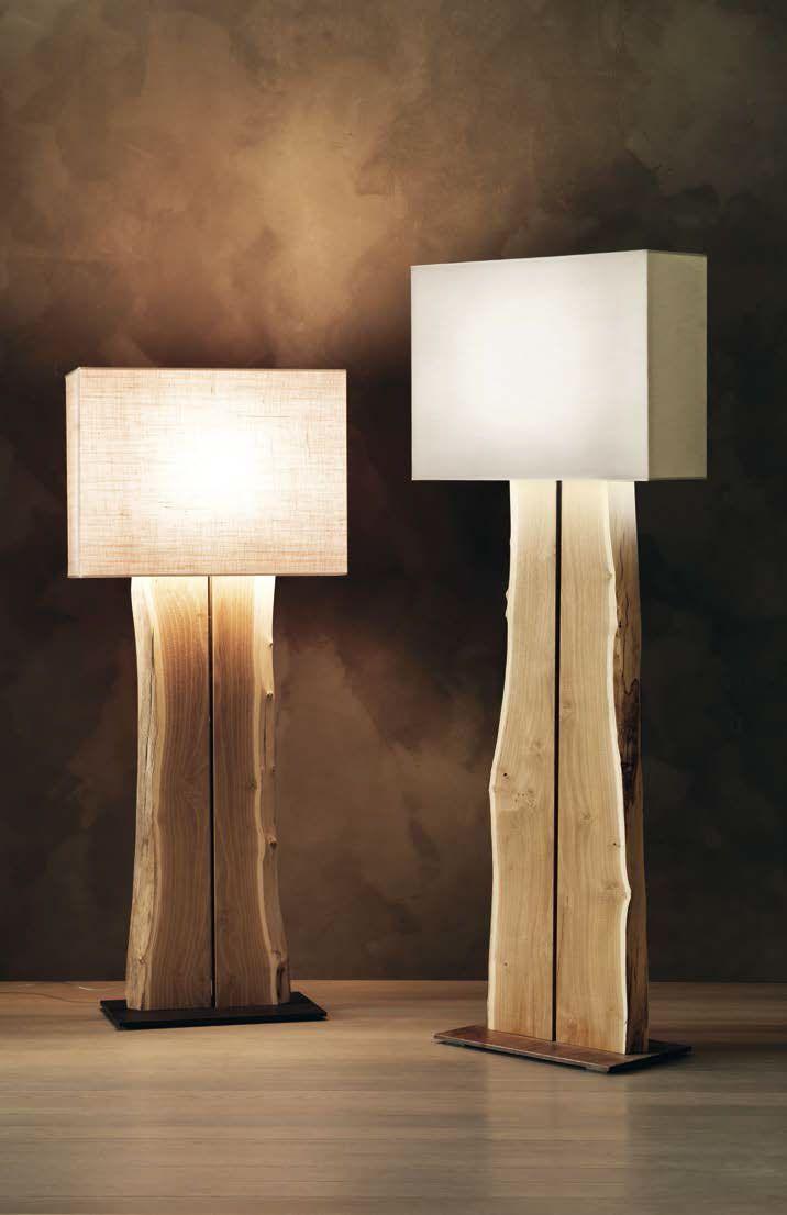 ARBOJ - Lampada a stelo in legno. ARBOJ - Floor lamp in wood.