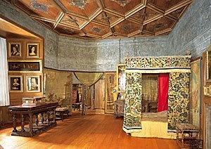 Mary Queen of Scots bedchamber