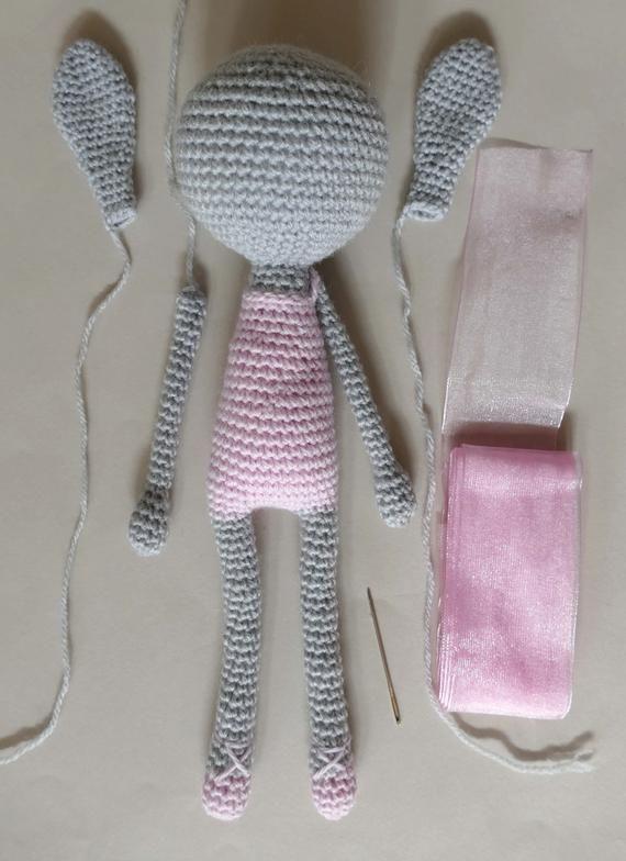 Tutoriel Pdf En Francais Anglais Lapin Ballerine Au Crochet Patron Crochet  Amigurumi Lapin Explications Modèle Au Crochet | Kaninchen häkeln, Häkeln  spielzeug muster, Häkelanleitung | 784x570