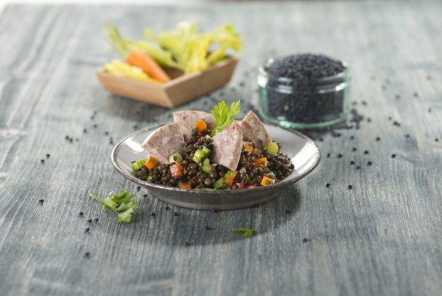 Sulc se salátem z černé čočky Beluga #jaknavelkeveci#food#recipe#foodporn#yum#yummy#cooking#inspiration#meat#meal
