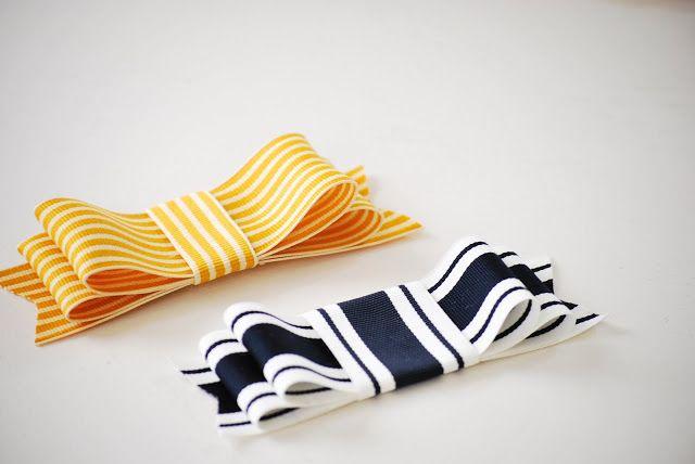 Natty by Design: A Break = Hair Bows