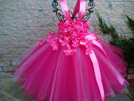 PINK FLOWERS.  Pink Tutu Dress.  Birthday Tutu by ElsaSieron