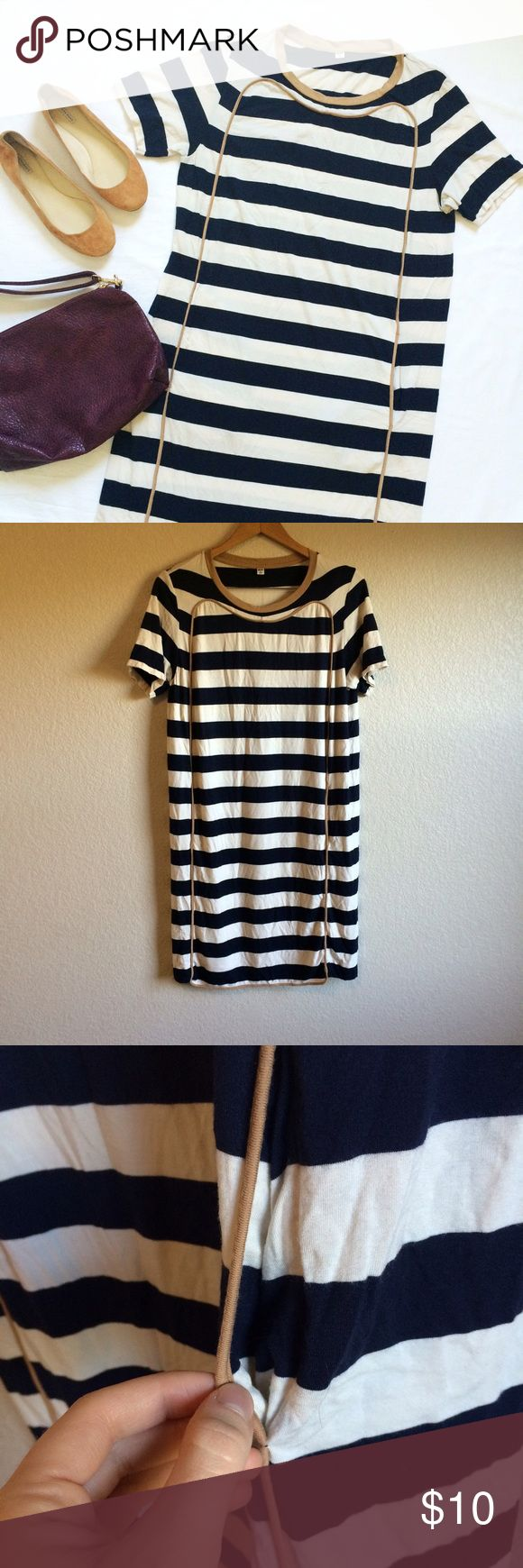 Uniqlo • Dress This striped Tshirt dress has pockets in the front. Two small pen marks shown. Uniqlo Dresses