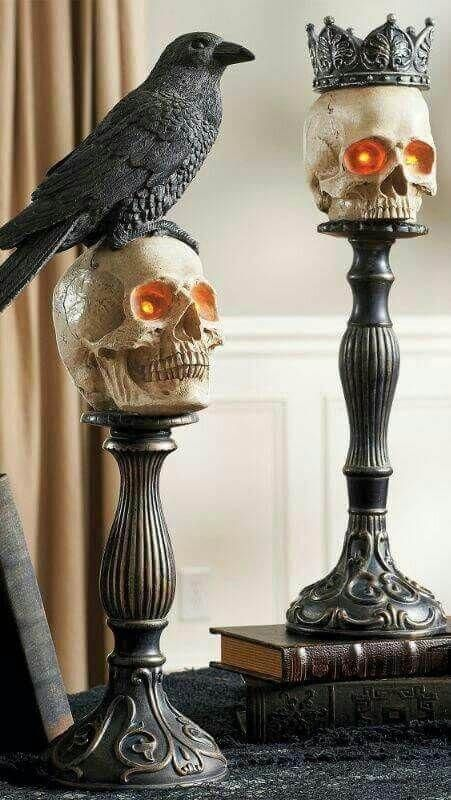 10+ Beautiful Gothic Halloween Decoration Ideas & Designs For 2019