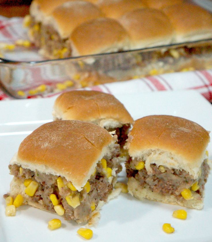 These Shepherd's Pie Sliders work great as an easy weeknight dinner or as a party snack. They are so simple to make and taste delicious. Shepherd's pie is my husband's favourite dish but personally I find it a little boring. Last night for supper I decided to give new life to the classic dish. I used the traditional shepherd's pie…