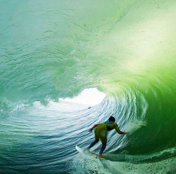 Celebremos el fin de semana y sigamos surfeando... #ActitudQuik #Colombia #Weekend #Surf