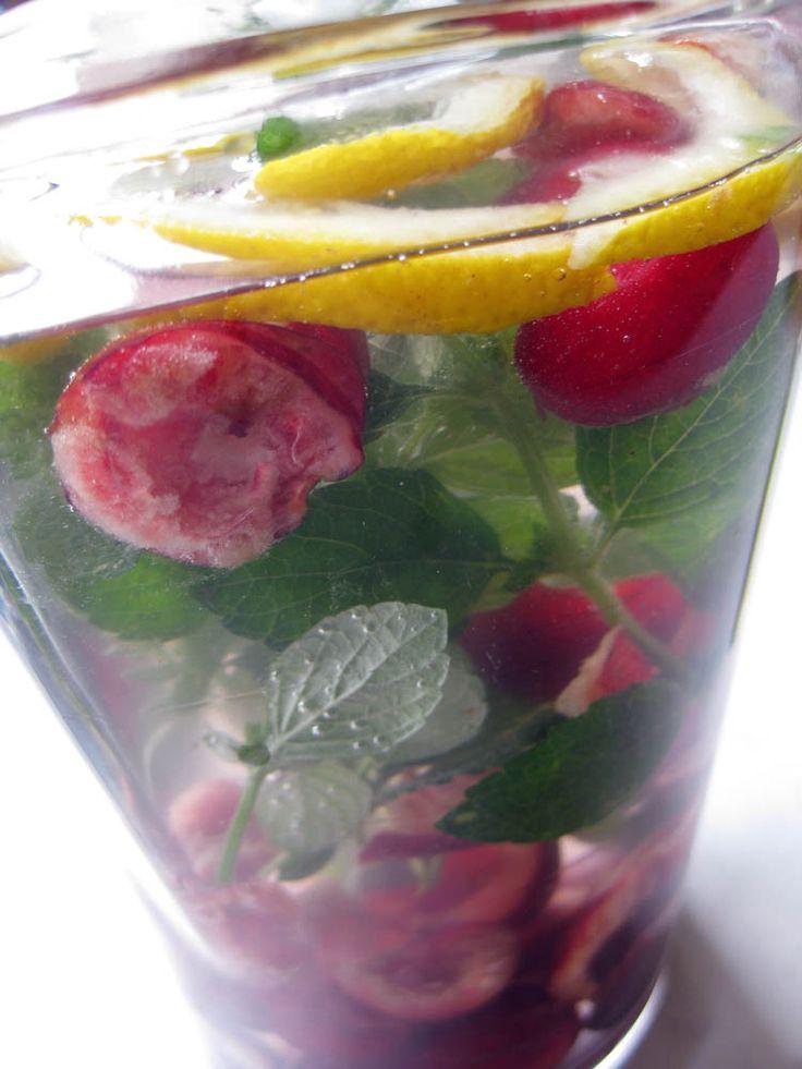 Készíts gyümölcs vizet otthon! ~ Lilalicsi