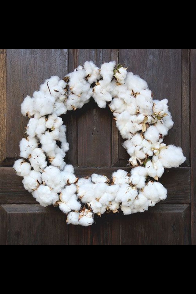 Garden and Gun cotton wreath! Loveeeeee.