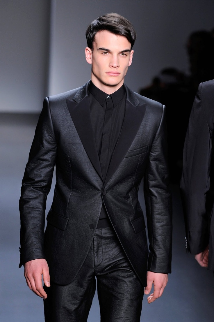 Men's black leather suit | Black suit stylest | Pinterest ...
