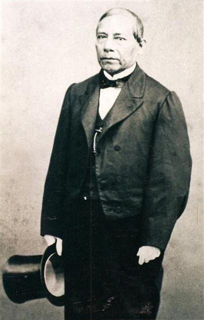 El Presidente Don Benito Juárez. Imagen tomada del libro: Liberales mexicanos del siglo XIX. Álbum fotográfico, México, INEHRM, 2000, p. 127.