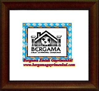 İzmir Bergama kozak yolu üzeri yola 0 yola çepheli satılık etrafı çevrili içerisinde bağ evi elktriği suyu ve yetişkin zeyin ağaçları olan çiftilik çiftlik evi zeytinlik bağ bahçe tarla arazi 1+1 7.000 m 2