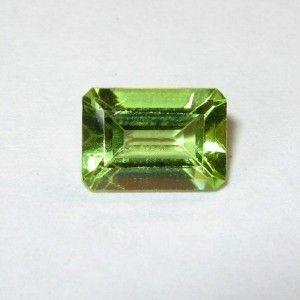 Peridot Hijau Segi Panjang 1.07 carat