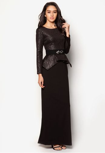Embossed Peplum Top Dress With Embellished Belt