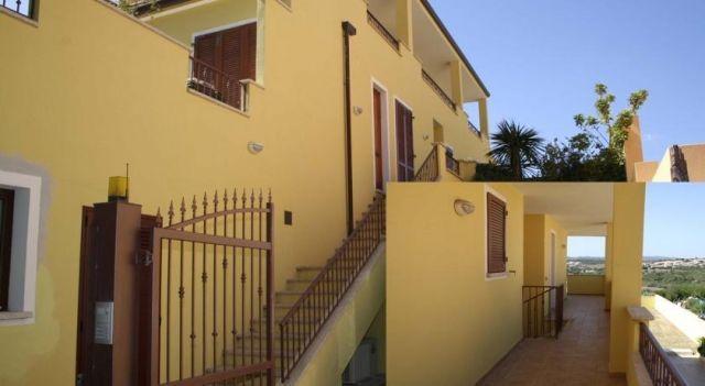 Appartamenti Galatea - #Apartments - $87 - #Hotels #Italy #Palau http://www.justigo.eu/hotels/italy/palau/la-galatea-boschetto-holiday_150254.html