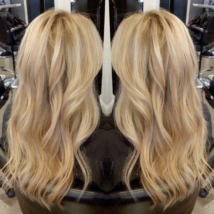It's like a #butta... Loving this  #schwarzkopf  #blondme high lift lightner. From level 3 to this #butteryblonde #babylights #balayage #colormelt #balayageombre #hairbyhelenchung  #lorealprofessional @hairbyhelen @olaplex #AlchemeSalon #sfstylist #sfcolorist #ilovemyjob #ilovemyclients  and always, Thank you #olaplex  #샌프란시스코 #머리스타그램 #헤어스타그램 #탈색 #염색 #옴브레  #금발머리 #발리아쥬#올라플렉스