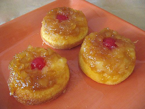 Pineapple Upside Down Cupcakes       and other good luau recipes: Upsidedown Cupcakes, Luau Food, Cupcake Confections, Yummy Cupcakes, Cupcakes Flickr, Cupcakes Sooo, Pineapple Upside Down, Cupcake Looove
