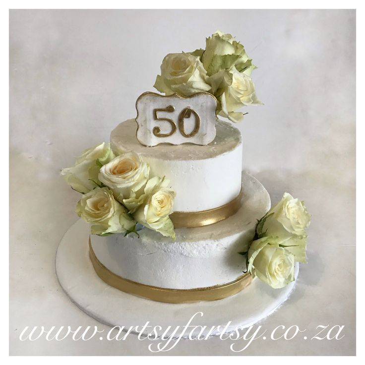 Fresh Roses and Butter Icing 50th Anniversary Cake #freshrosescake #buttericingcake #50thanniversarycake