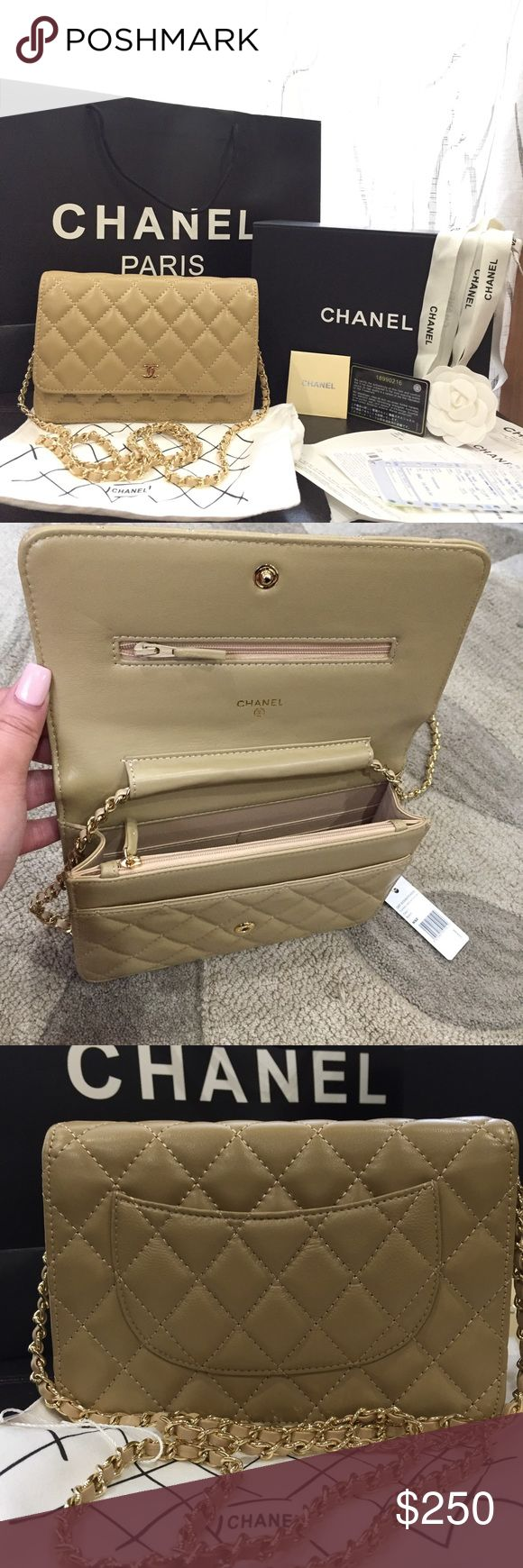 Wallet on chain lambskin leather Beige color comes with everything in the picture Bags Crossbody Bags