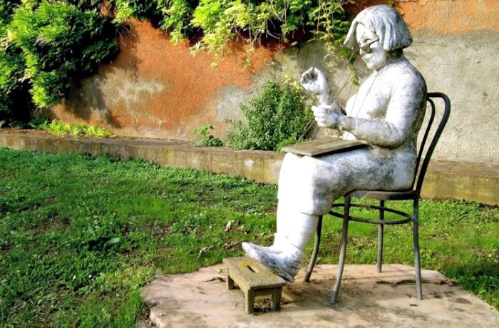 E poi Il Giardino di Daniel Spoerri un'altra oasi d'arte in una terra bellissima ma votata alla natura alla gastronomia! Una terra che sempre di più però sposa ed ama l'arte