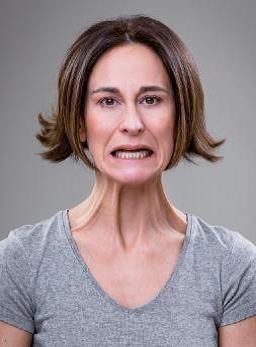 Gli esercizi base per il viso