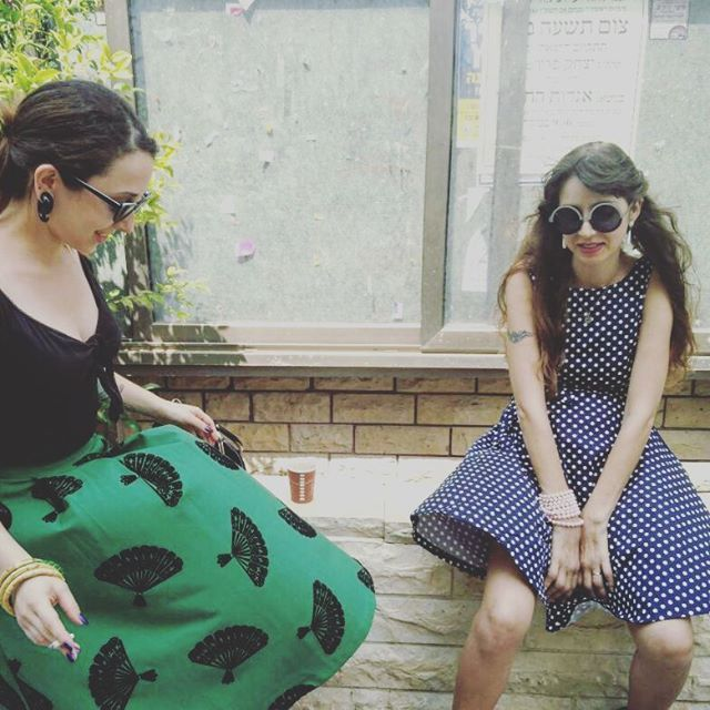 Watch out from the #wind  #girls #girl #dresses  #dress #spottie #having #fun #celebrating #partying #annabelle_pepper #songs #brith#bris #love #merlyn #merlynmonroe