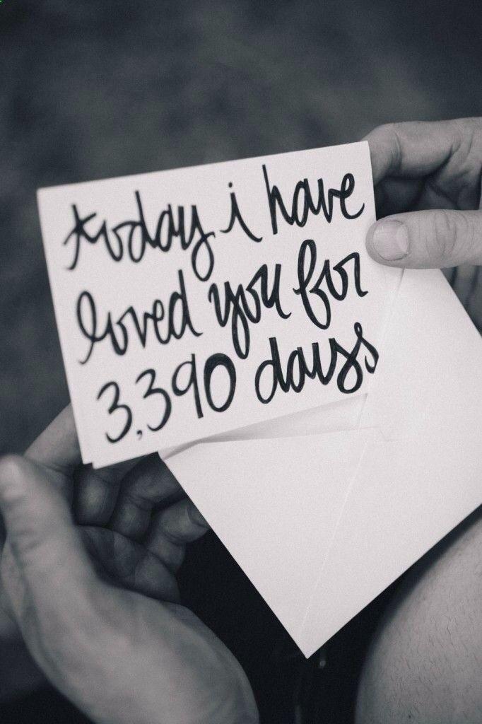 #tipvandeweek reken even uit hoelang je elkaar kent op jullie trouwdag en zorg dat hij dit lieve briefje van je krijgt voor de ceremonie!